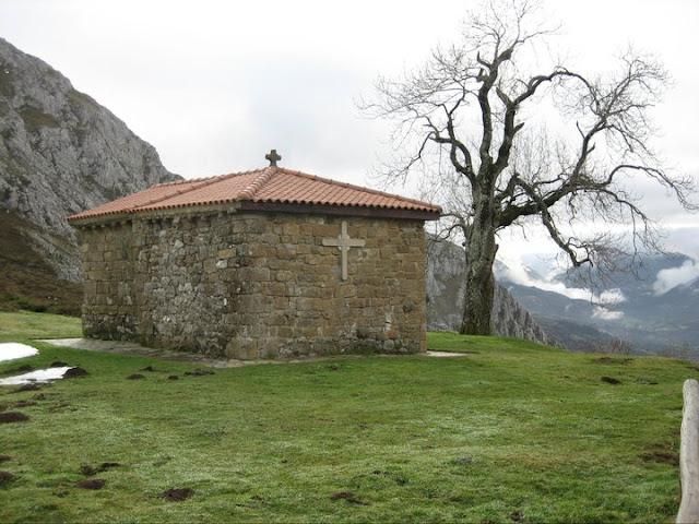 Rutas Montaña Asturias: Capilla Santa Ana