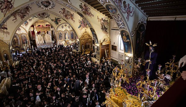 Horario e Itinerario del Traslado de los Titulares de Santa Genoveva al Porvenir en Sevilla el 12 de Julio