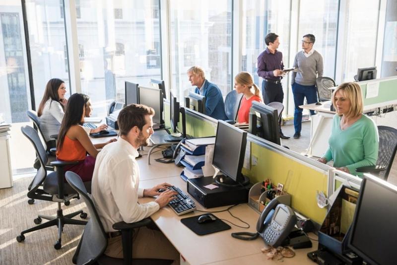 Çalışanlar sosyalleşmek için ofise dönmek istiyor