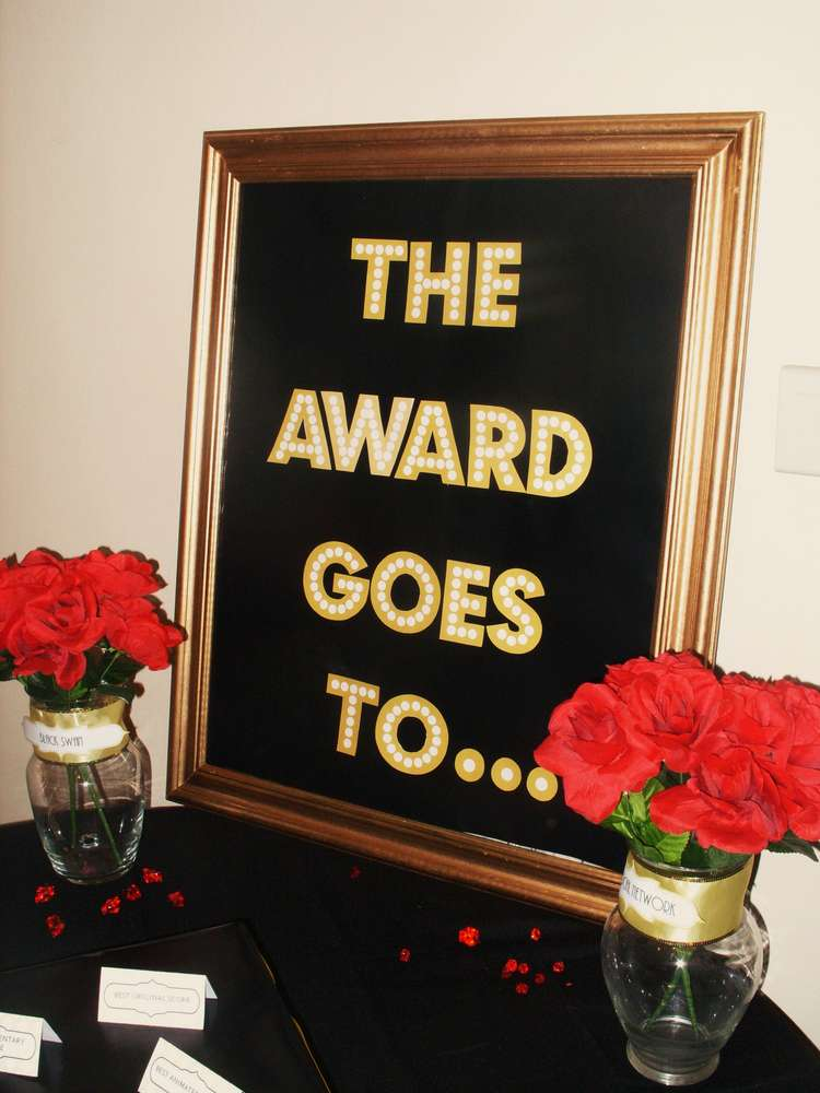 So there throw an oscars viewing party for Awards decoration