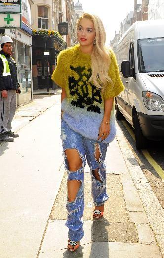 Rita Ora destroyed jeans