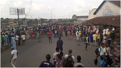 Again, hoodlums burst into private warehouse, loot electronics, valuable goods in Osun