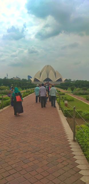 lotus temple which religion, bahaism, bahaullah, lotus temple religion, lotus temple belongs to which religion, closing time of lotus temple, lotus temple is of which religion, is lotus temple open today, tourist places in delhi, shiv sangal