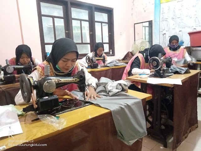 Lembaga Kursus dan Pelatihan Nusa Indah Gelar Uji kompetensi Tata Busana