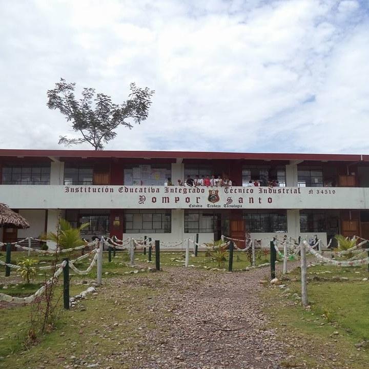 Colegio YOMPOR SANTO - Shiringamazu