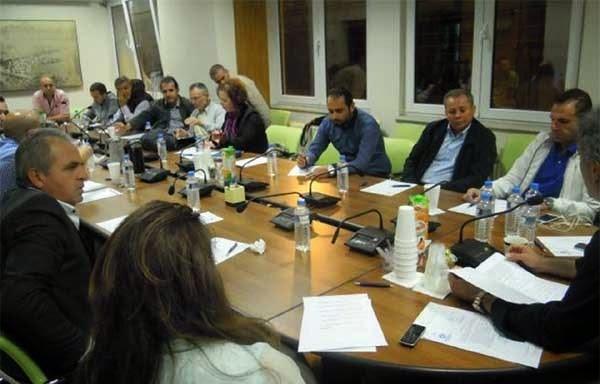 Ευρεία σύσκεψη για τα προβλήματα της γούνας στο Επιμελητήριο
