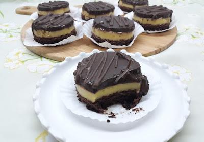 كيكة شوكولاتة ب3 طبقات