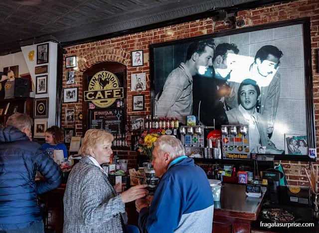 """Café do Sun Studio e a foto do """"Quarteto de um milhão de dólares"""""""