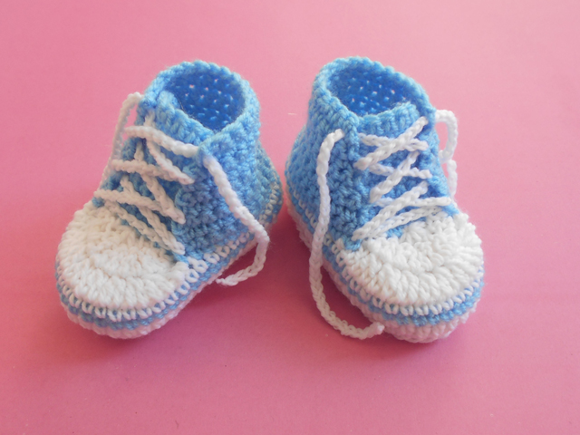 Crochet Crosia Free Patttern With Video Tutorials Baby Converse