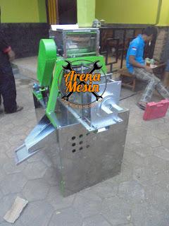 Mesin Parut dan Peras Santan