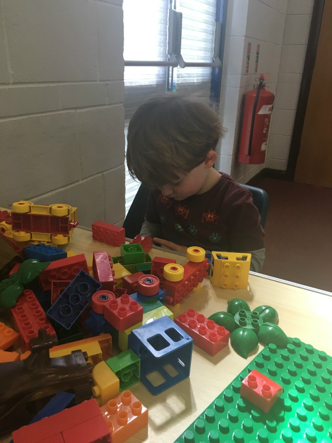 toddler-with-duplo