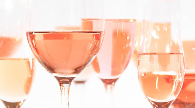 NYC is getting a whole mansion dedicated to rosé wine!