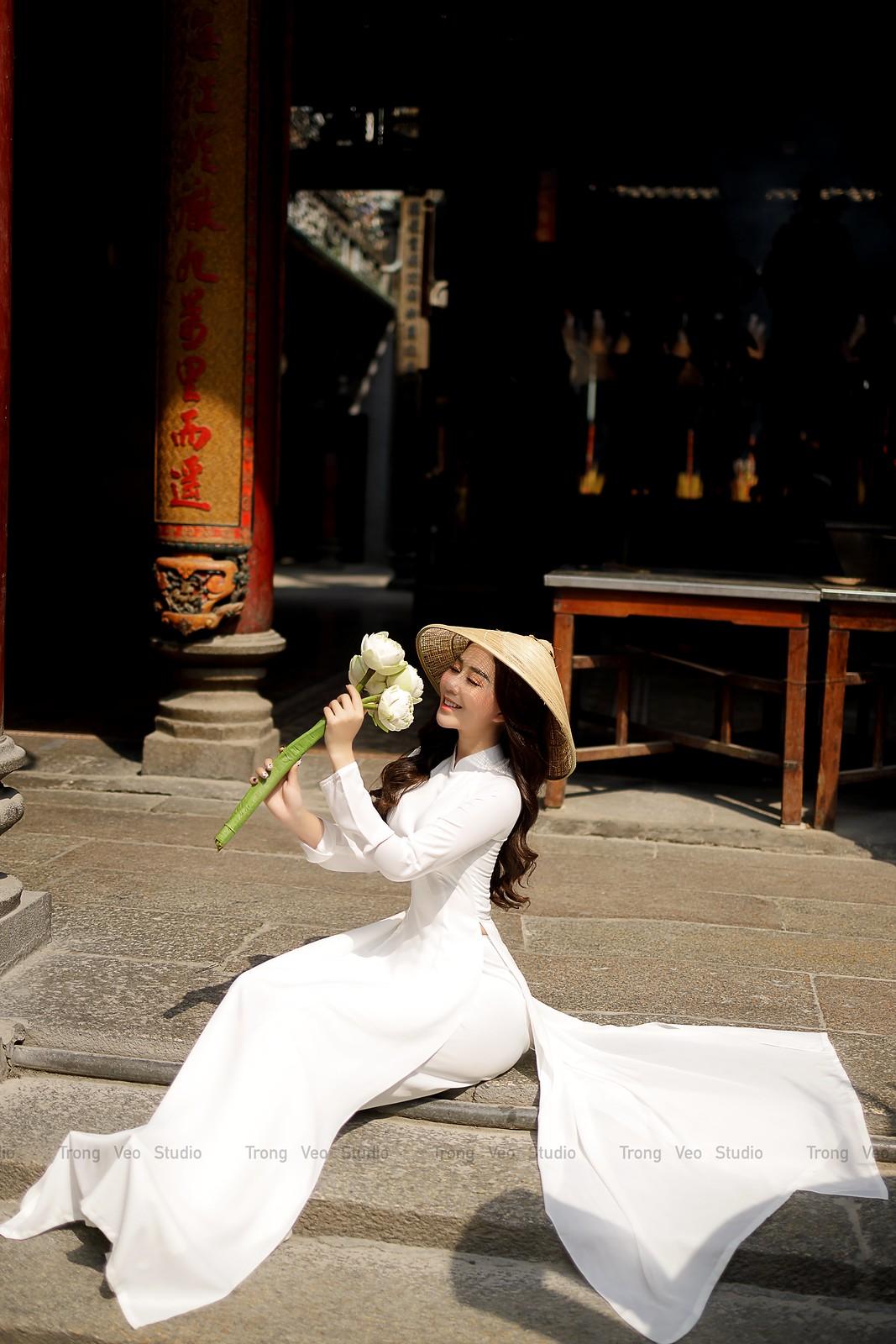 Ngắm hot girl Lục Anh xinh đẹp như hoa không sao tả xiết trong tà áo dài truyền thống - 26