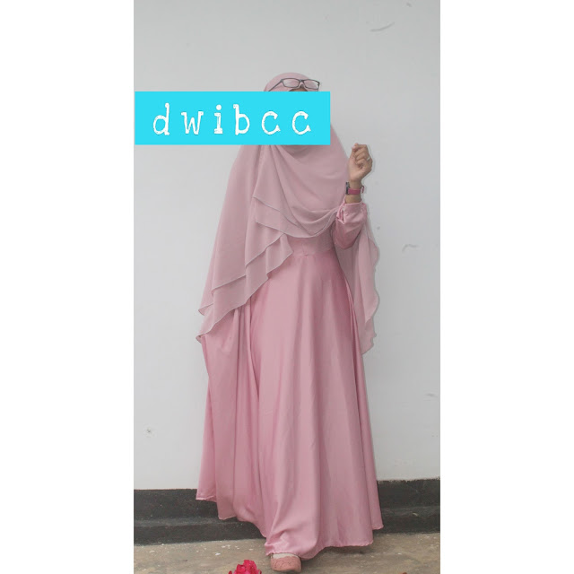 Foto Dwibcc Pake Hijab Syari Warna Pastel