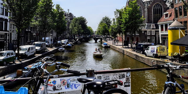We Went To Amsterdam For Six Hours And Here's What We Did : Amsterdam Canal