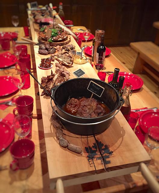 Le plat principal surnommé le Brancard des Carnivores