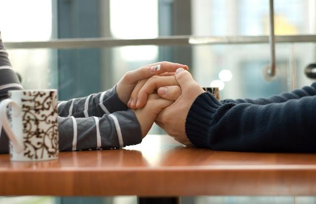 Menenangkan dan membuat nyaman pasangan