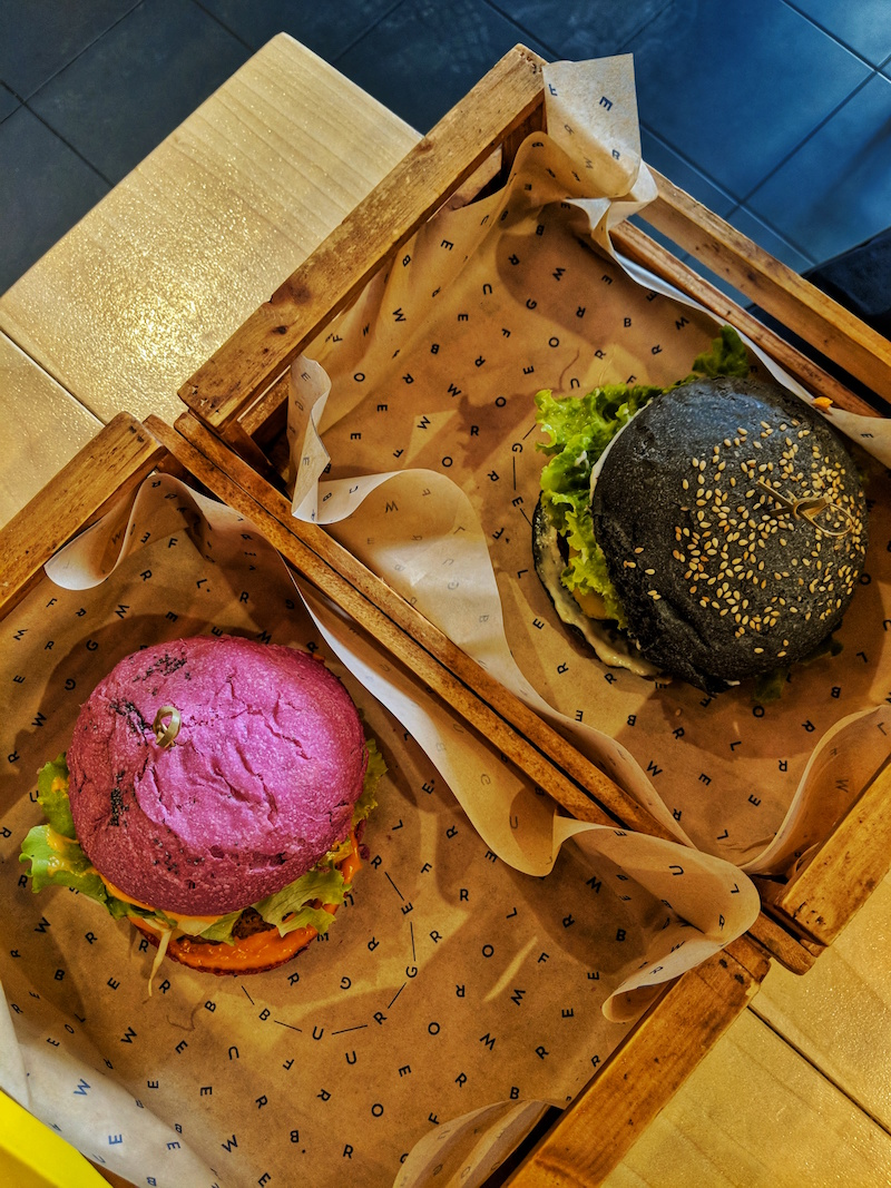 Flower Burger in Rome boast incredible multi-coloured burger buns