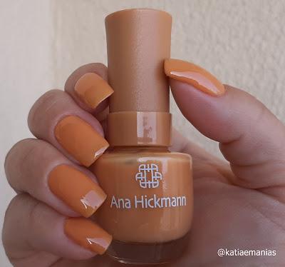 Ana Hickmann, Pueen,