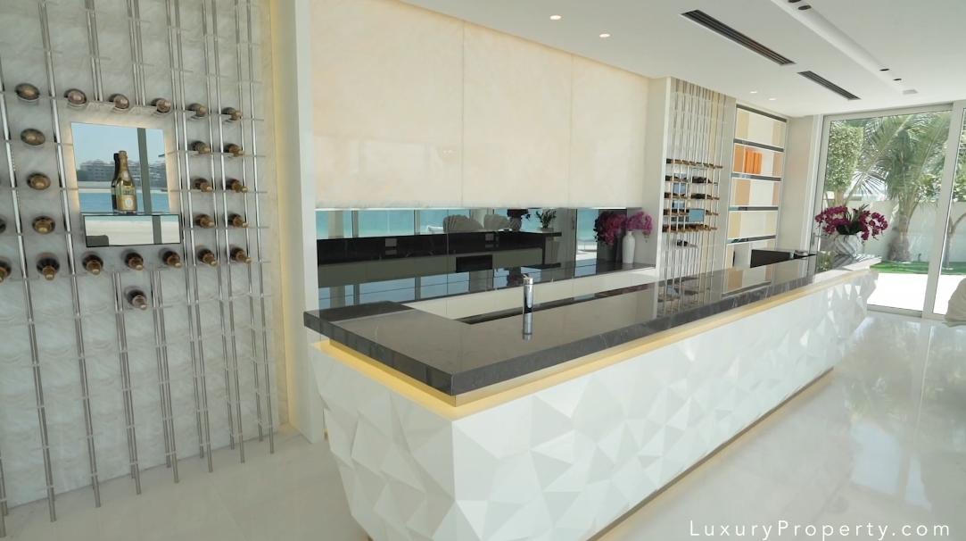 24 Interior Design Photos vs. Palm Jumeirah Tip Villa Dubai Tour W/ Agent
