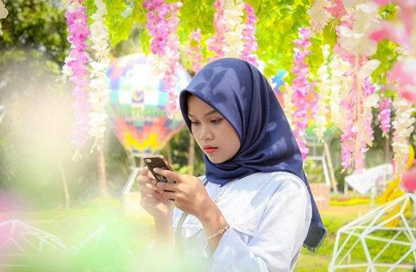 Wisata Alamanda Flower Garden Jogja