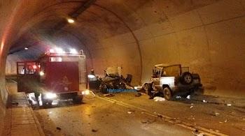 0b5b57eacca Φωτογραφίες σοκ: Ένας νεκρός και τέσσερις τραυματίες από τροχαίο σε σήραγγα  στη Ναύπακτο