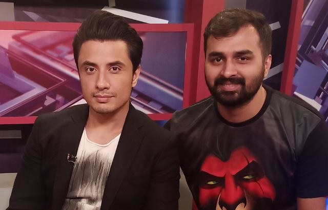 Ali Zafar gives a shout out to Musicians of Pakistan blog by Aayan Arif. Watch the video in the link: