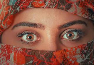 عينيك,كلثوم,عينيك),دينيه،,من,عيون بنيّة,لها,مزيكا,عيون زرقاء,عيون رماديّة,تواضع ليونيل ميسي,النهار,الله,مصطفي يونس,عيون خضراء,عبدالله,ع القهوة,ميلانين,مع الناس,مكياج,تعليم,زين,تجاعيد الجبهة,توفيق عكاشة,أنا و ليلى,منزل ميسي,القران,تجاعيد حول الفم