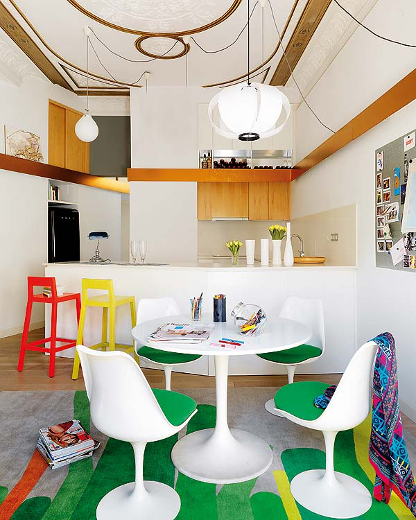 Modern Apartments Barcelona: Mix And Chic: Home Tour- A Colorful Modern Apartment In