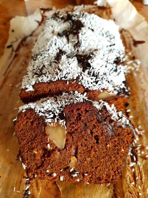 piernik,piernik na święta,najlepszy wilgotny piernik,prosty piernik,ciasta na święta,świąteczne ciasta,Boże NArodzenie, Wielkanocne ciasta,z kuchni do kuchni,najlepszy blog kulinarny,top blogi 2021