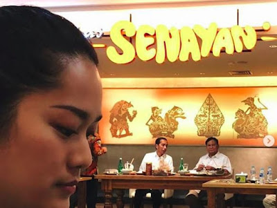 Grogi Makan 'Dilihatin' Jokowi dan Prabowo, Prisia: Beruntung Banget