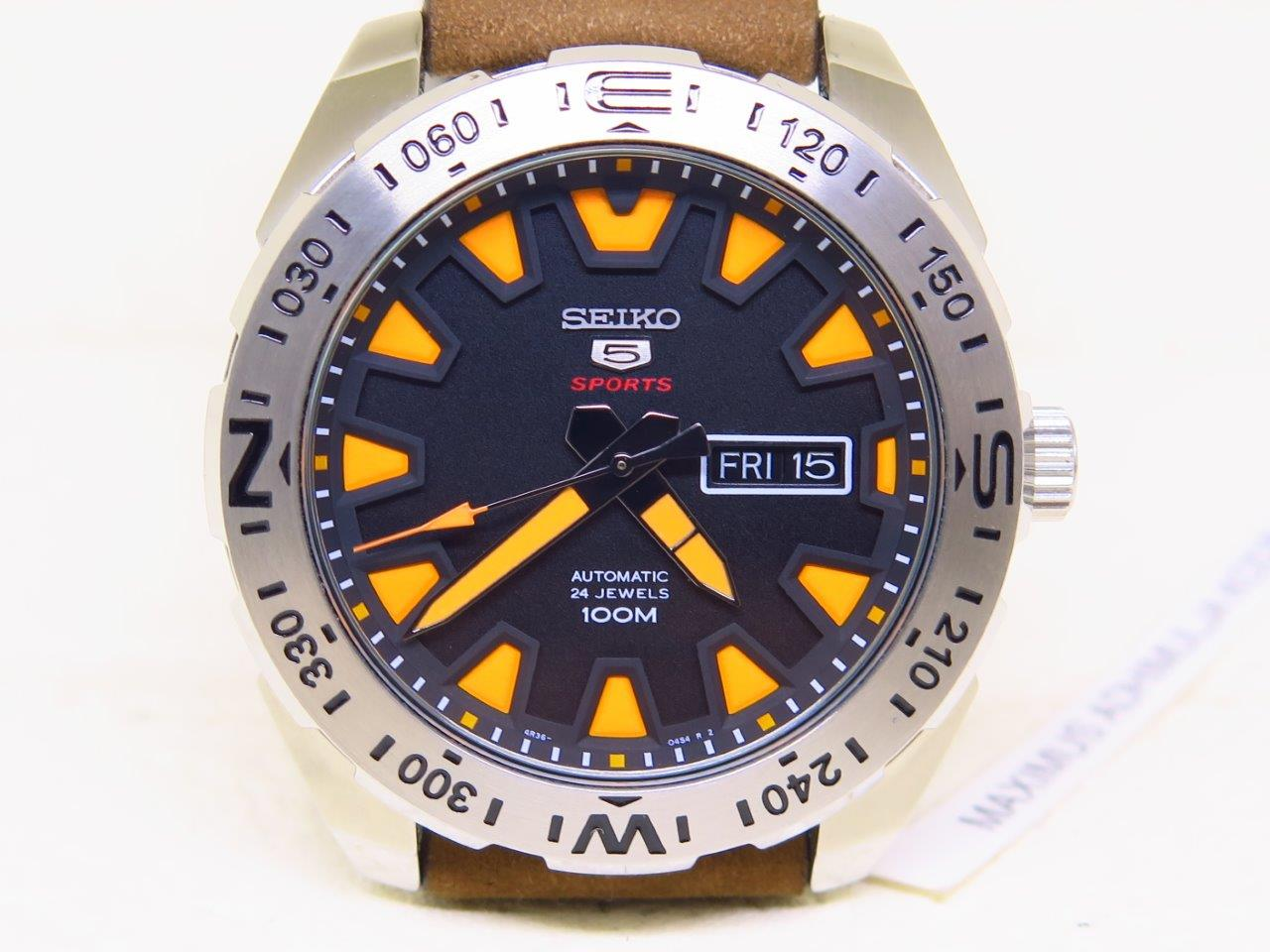 SEIKO 5 SPORTS BLACK DIAL ORANGE INDEXES - AUTOMATIC 4R36A