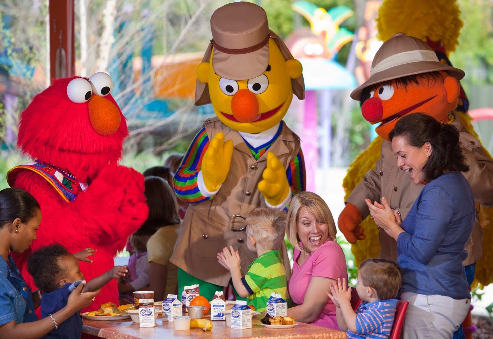 Newsplusnotes Celebrate Big Bird S Birthday At Busch