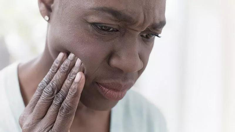 خدر أو تنميل الفم - الأسباب والعلاج