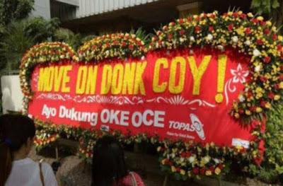 Serukan 'Move On', Muncul Karangan Bunga 'Tandingan' di Balai Kota DKI