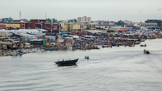 Along the river in Benin to Cotonou