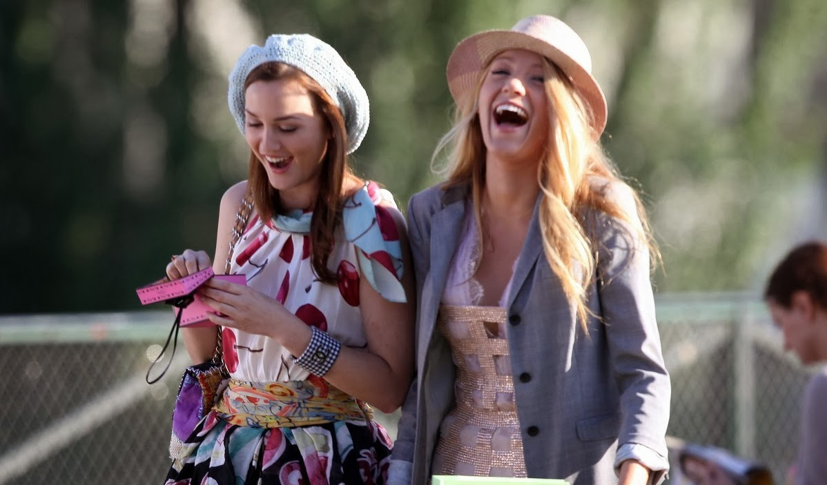 BFFs Blair and Serena in Paris