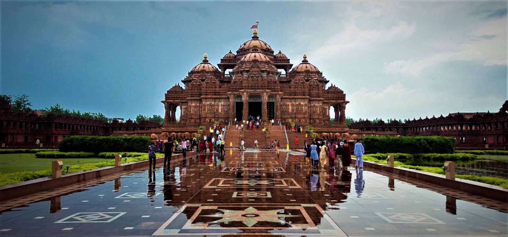 Akshardham Temple - New Delhi - India