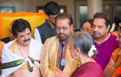 shankar-mahadevan-spotted-in-singer-sharanaya-srinivas-wedding