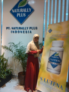harga s lutena naturally plus