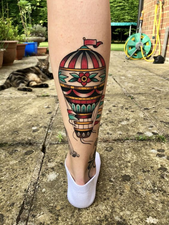 What does the hot air balloon tattoo pattern mean?