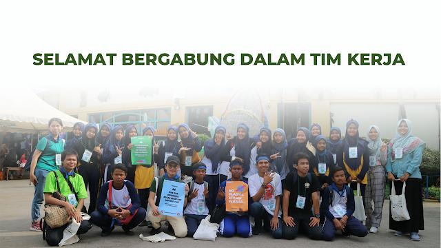 Tim kerja Teens Go Green Indonesia