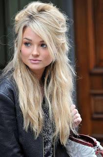 Women Long Blonde Hairstyles