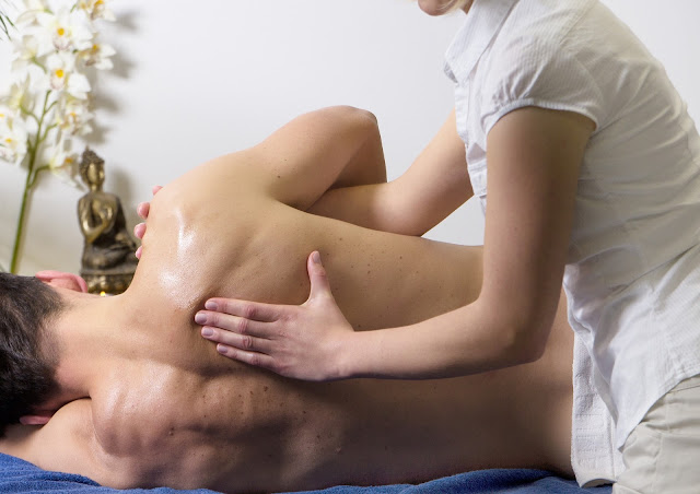 Massage on Valentine's day