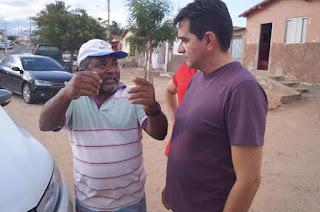 Prefeito Olivânio Remígio visitou o bairro Francisco de Adauto neste sábado (04)