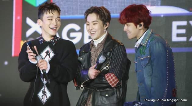EXO CBX - Chen, Baekhyun dan Xiumin