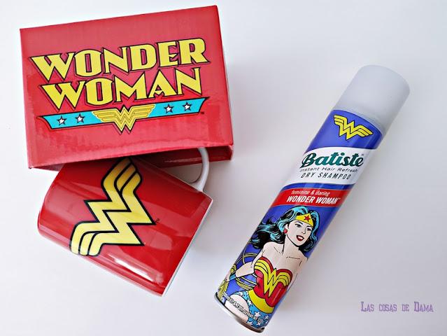 Batiste Edición Especial Wonder Woman beauty comic haircare cabello champú seco belleza