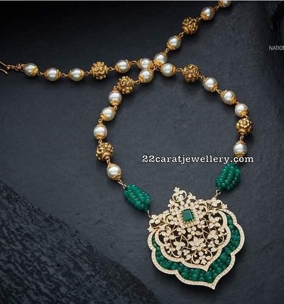 Nakshi Balls Necklace by Navrathan jewellers