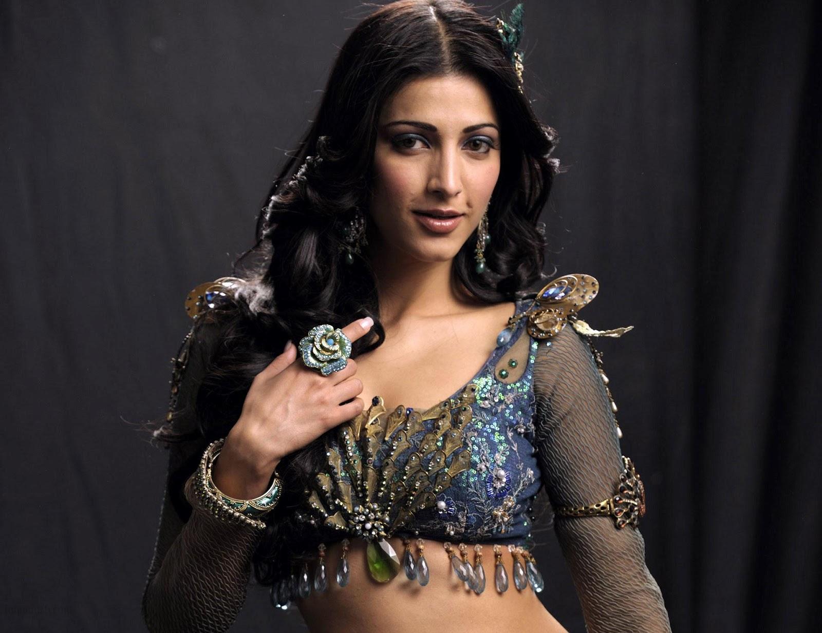 Shruti Hussan Photos  Bollywood Celebrities Photo Gallery-1095