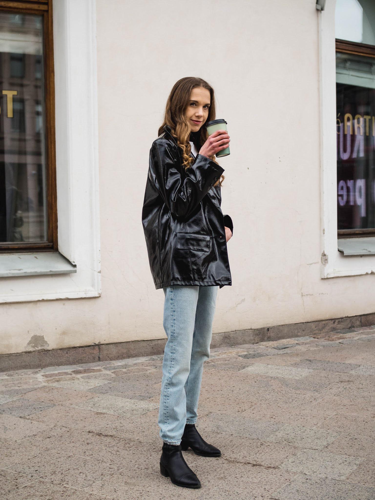 Inspiraatiota kevätpukeutumiseen, tekonahkainen bleiseri // Spring outfit inspiration, faux leather blazer
